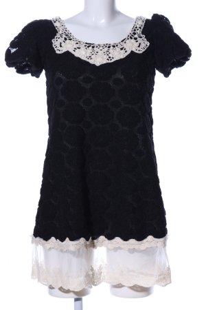 Yumi Spitzenkleid schwarz-wollweiß Transparenz-Optik