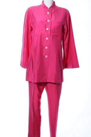 Yves Saint Laurent Traje de pantalón rosa elegante
