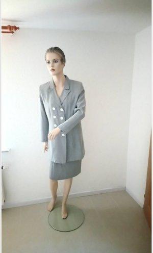 Yves Saint Laurent Kostüm