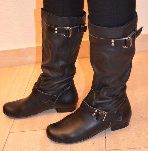 Yves Saint Laurent Gothic Boots black leather