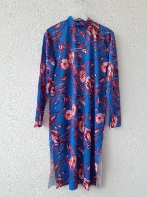 Zara 1198/074 Midikleid in Blau mit Blütenprint