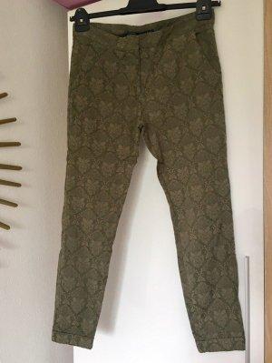 Zara 7/8-Hose aus Stoff oliv khaki, Präge-Paisley-Muster Gr. M
