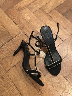 Zara Sandalo con cinturino nero-oro