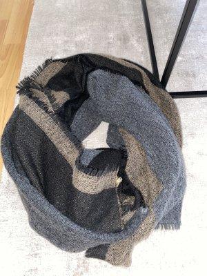 Zara Écharpe en tricot noir-brun