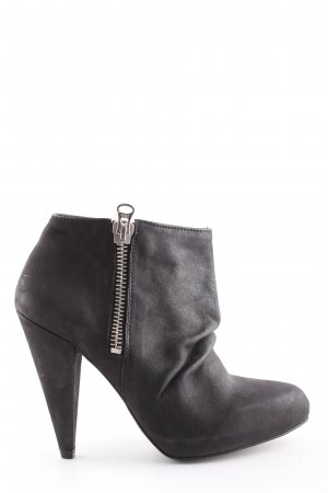 Zara Ankle Boots schwarz Casual-Look