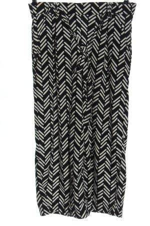 Zara Baggy Pants black-white allover print casual look