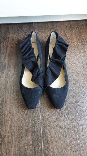 Zara Ballerinas 37 Volants Rüschen schwarz Leder Velours