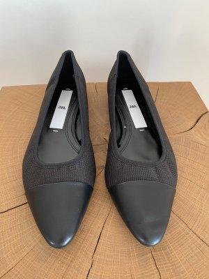 Zara Ballerinas, schwarz, Größe 39, tadellos , nur bis 14.03. verfügbar