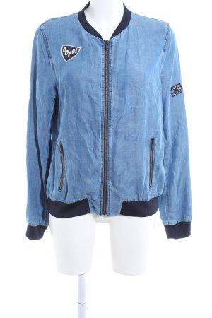 Zara Basic Collegejacke blau-schwarz Schriftzug gedruckt Casual-Look