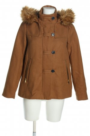 Zara Basic Trenca marrón look casual