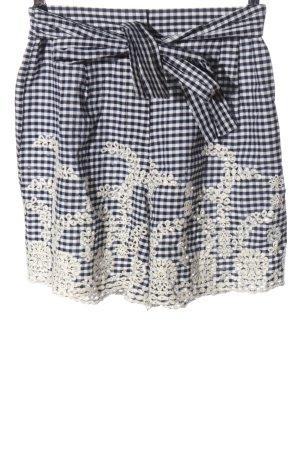 Zara Basic High-Waist-Shorts Karomuster Elegant