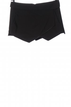 Zara Basic Hot Pants black casual look