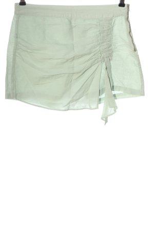 Zara Basic Hot Pants grün Casual-Look