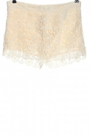Zara Basic Hot Pants natural white weave pattern casual look
