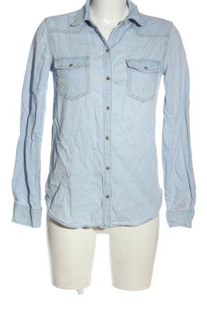 Zara Basic Denim Shirt blue casual look