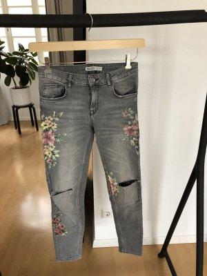 Zara Basic Jeanshose mit Muster