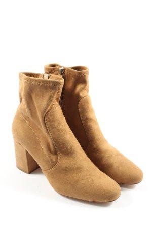 Zara Basic Keil-Stiefeletten braun Casual-Look