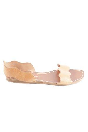 Zara Basic Sandalias cómodas marrón look casual