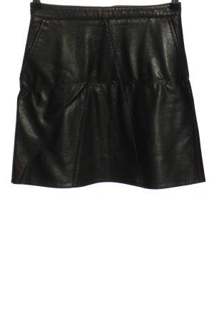 Zara Basic Kunstlederrock schwarz Casual-Look