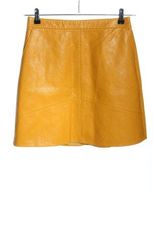 Zara Basic Faux Leather Skirt primrose casual look