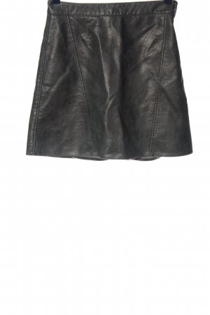 Zara Basic Falda de cuero de imitación negro look casual