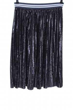 Zara Basic Pleated Skirt blue casual look