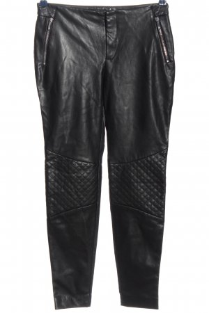 Zara Basic Röhrenhose schwarz Steppmuster Casual-Look