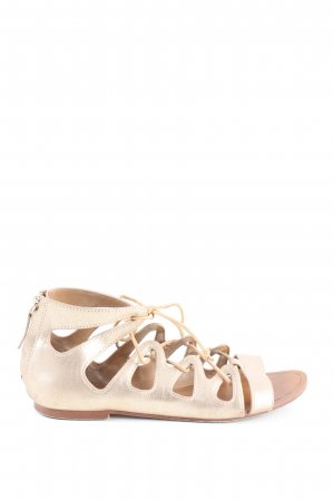 Zara Basic Roman Sandals cream casual look