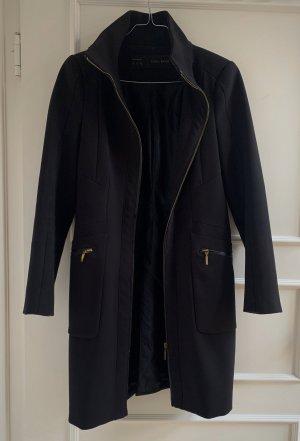 ZARA Basic schwarzer Mantel