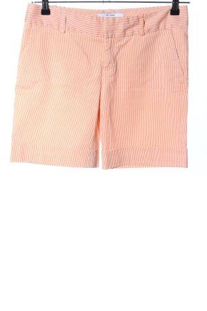Zara Basic Shorts hellorange-weiß Streifenmuster Casual-Look