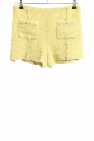 Zara Basic Shorts blassgelb Casual-Look