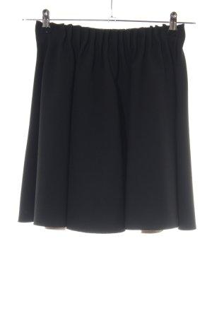 Zara Basic Falda de patinador negro look casual