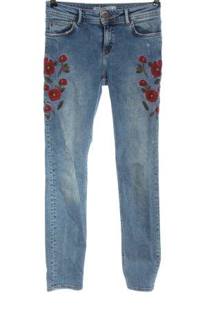 Zara Basic Skinny Jeans blau Blumenmuster Street-Fashion-Look
