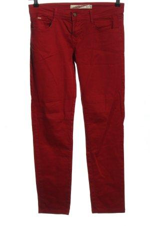 Zara Basic Vaquero elásticos rojo look casual