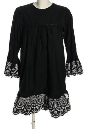 Zara Basic Sukienka z falbanami czarny-biały Wzór w kwiaty W stylu casual