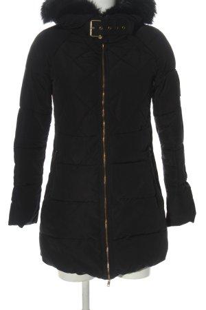 Zara Basic Winterjacke schwarz Steppmuster Casual-Look