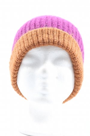 Zara Beanie lilac-brown casual look