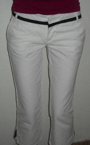 ZARA Bermuda Shorts Hot Pants Hose kurz weiß schwarz Gürtel Band 34 36 XS S H M