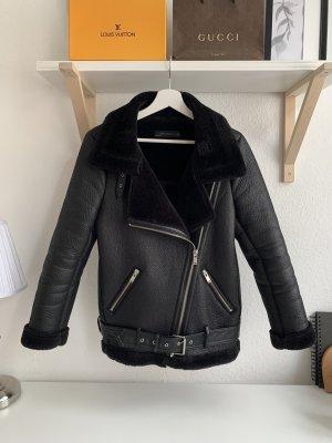 Zara Bikerjacke mit Fell schwarz XS
