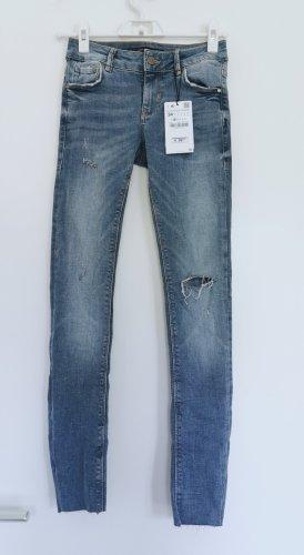 Zara Blau Frauen Röhrenjeans Hose slim nue mit Etikett