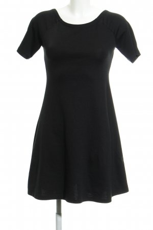 Zara Bleistiftkleid schwarz Casual-Look