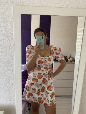 Zara Blümchen Kleid