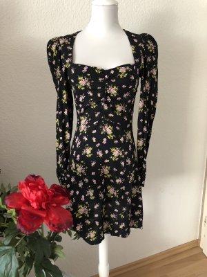 Zara blümchen Kleid in XS Neu ❤️