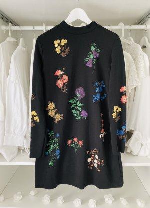 Zara Blumen Kleid