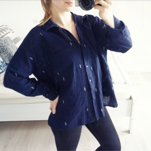 Zara Bluse blau bestickt oversized vintage look Rückenausschnitt Leinen