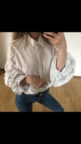 Zara Bluse in weiß mit Puffärmeln
