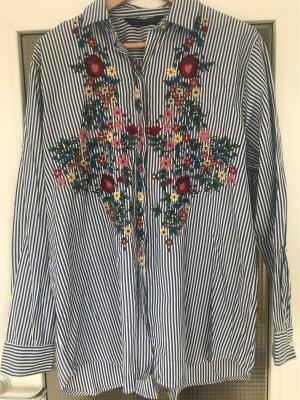 ZARA Bluse mit Blumen Stickerei