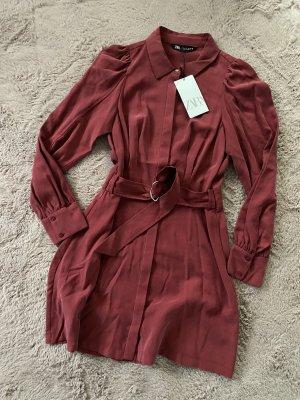 Zara Vestido camisero carmín-rojo oscuro