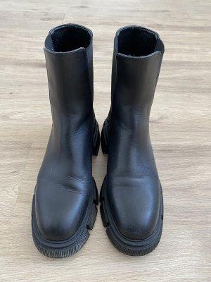 Zara Platform Booties black