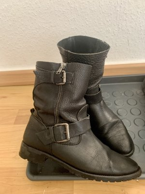 Zara Slip-on laarzen zwart